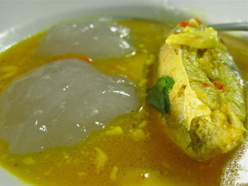 papeda-makanan-khas-papua-papua-barat-dan-maluku.jpg